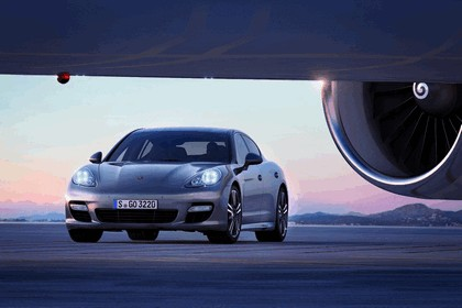 2011 Porsche Panamera Turbo S 6