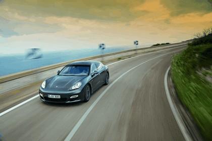 2011 Porsche Panamera Turbo S 28