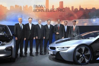 2011 BMW i3 concept 40