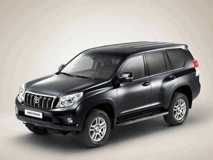 2010 Toyota Land Cruiser 1