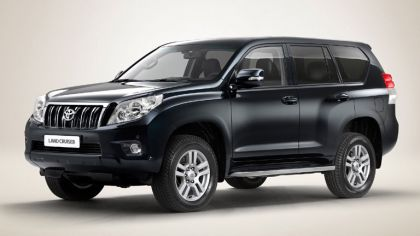 2010 Toyota Land Cruiser 8