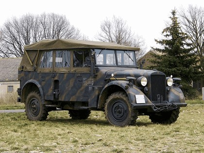 1937 Horch 901 Kfz 15 1