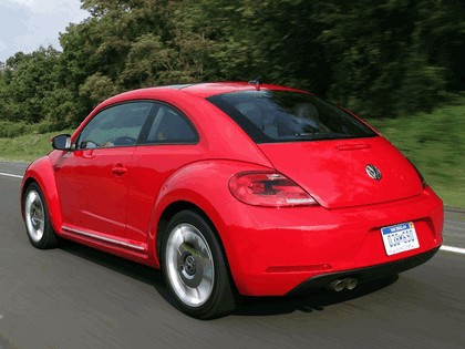 2011 Volkswagen Beetle - USA version 5