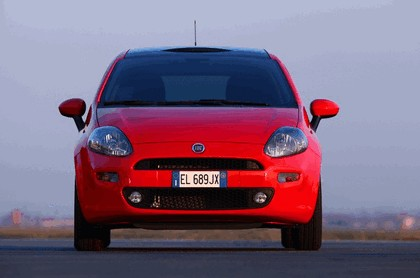 2012 Fiat Punto 3