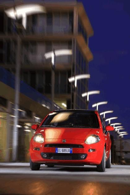 2012 Fiat Punto 4