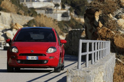 2012 Fiat Punto 12