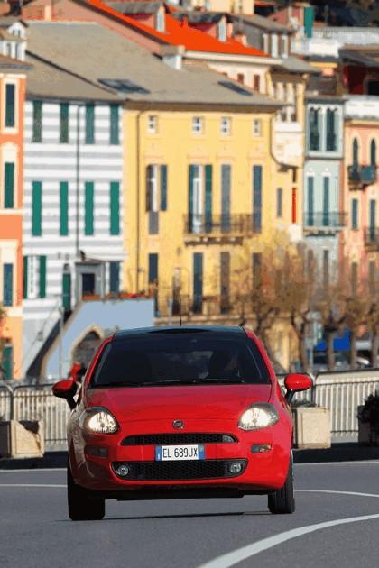 2012 Fiat Punto 13
