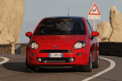 2012 Fiat Punto 17