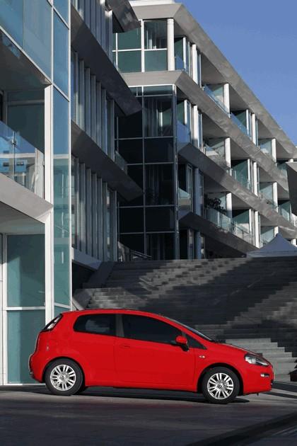 2012 Fiat Punto 37