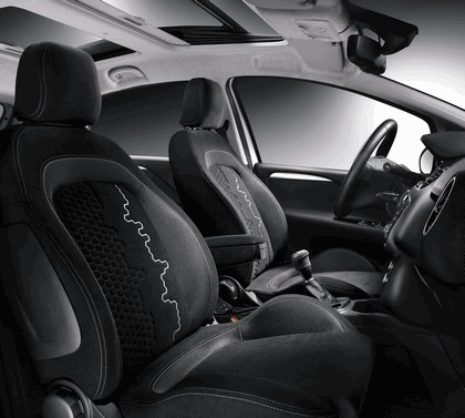 2012 Fiat Punto 41
