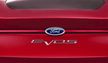 2011 Ford Evos concept 29