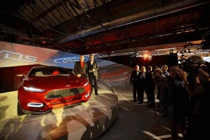 2011 Ford Evos concept 42