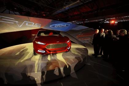2011 Ford Evos concept 43