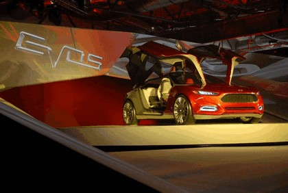 2011 Ford Evos concept 84