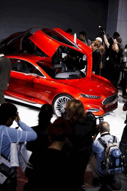 2011 Ford Evos concept 165