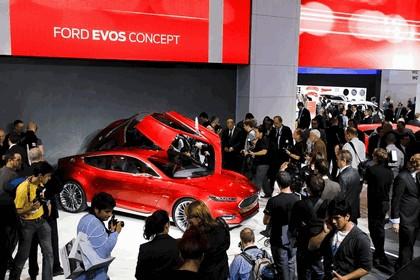 2011 Ford Evos concept 166