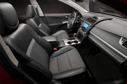 2012 Toyota Camry SE 11