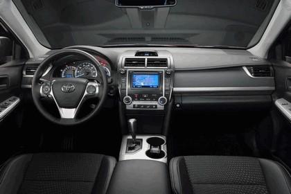 2012 Toyota Camry SE 12