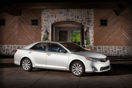 2012 Toyota Camry XLE 1
