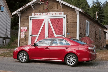 2012 Toyota Camry XLE 7