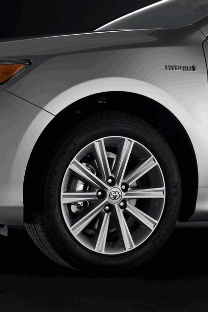 2012 Toyota Camry hybrid 6