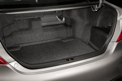 2012 Toyota Camry hybrid 7