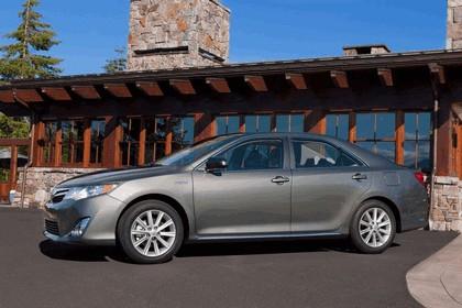 2012 Toyota Camry hybrid 9