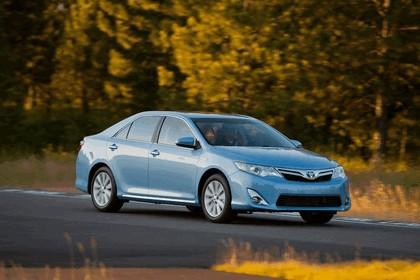 2012 Toyota Camry hybrid 16