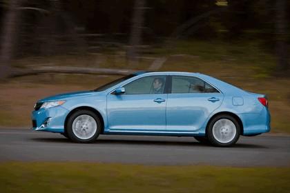 2012 Toyota Camry hybrid 19