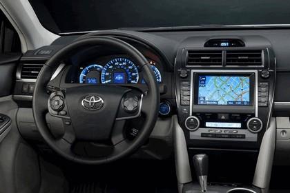 2012 Toyota Camry hybrid 26