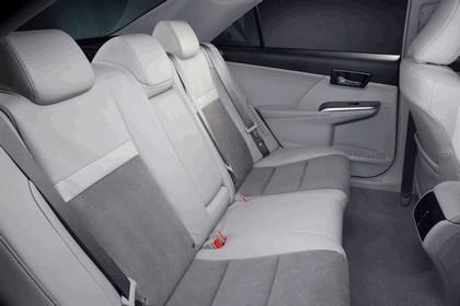 2012 Toyota Camry hybrid 29