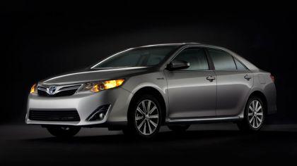 2012 Toyota Camry hybrid 8
