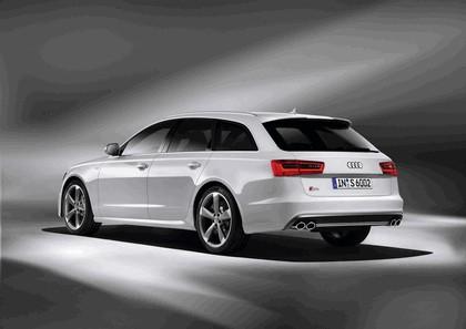 2011 Audi S6 Avant 2