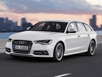 2011 Audi S6 Avant 4