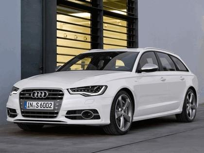 2011 Audi S6 Avant 7