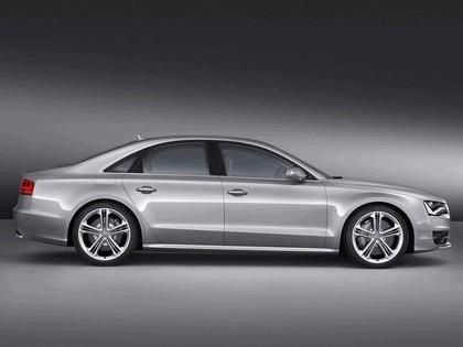 2011 Audi S8 2