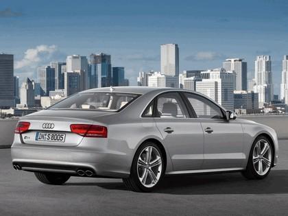 2011 Audi S8 9