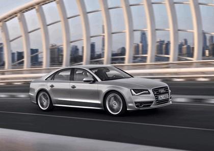 2011 Audi S8 10