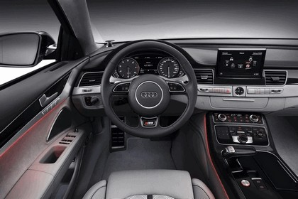 2011 Audi S8 16