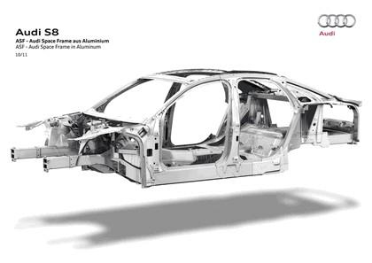 2011 Audi S8 22