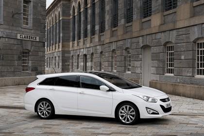 2011 Hyundai i40 station wagon CRDi - UK version 1