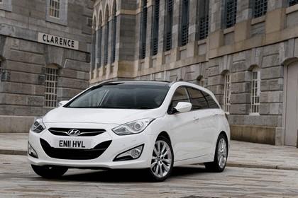2011 Hyundai i40 station wagon CRDi - UK version 5