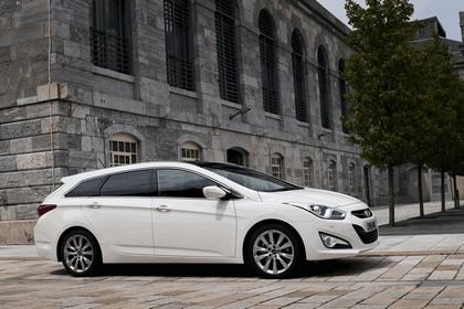 2011 Hyundai i40 station wagon CRDi - UK version 7
