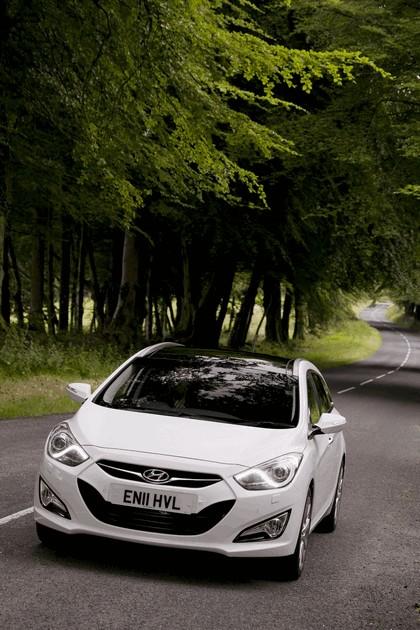 2011 Hyundai i40 station wagon CRDi - UK version 20