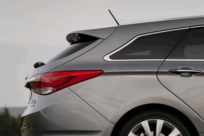 2011 Hyundai i40 station wagon CRDi - UK version 98