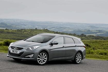 2011 Hyundai i40 station wagon CRDi - UK version 100