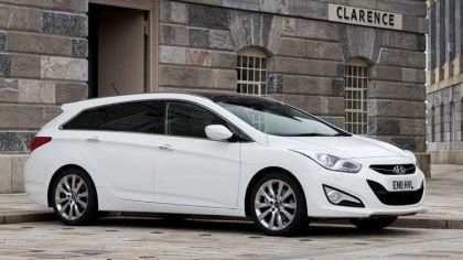 2011 Hyundai i40 station wagon CRDi - UK version 4
