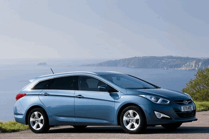 2011 Hyundai i40 station wagon Blue Drive - UK version 3
