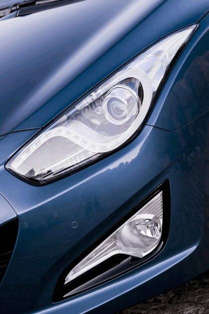 2011 Hyundai i40 station wagon Blue Drive - UK version 10