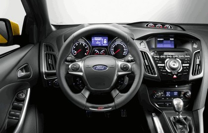 2011 Ford Focus ST 19